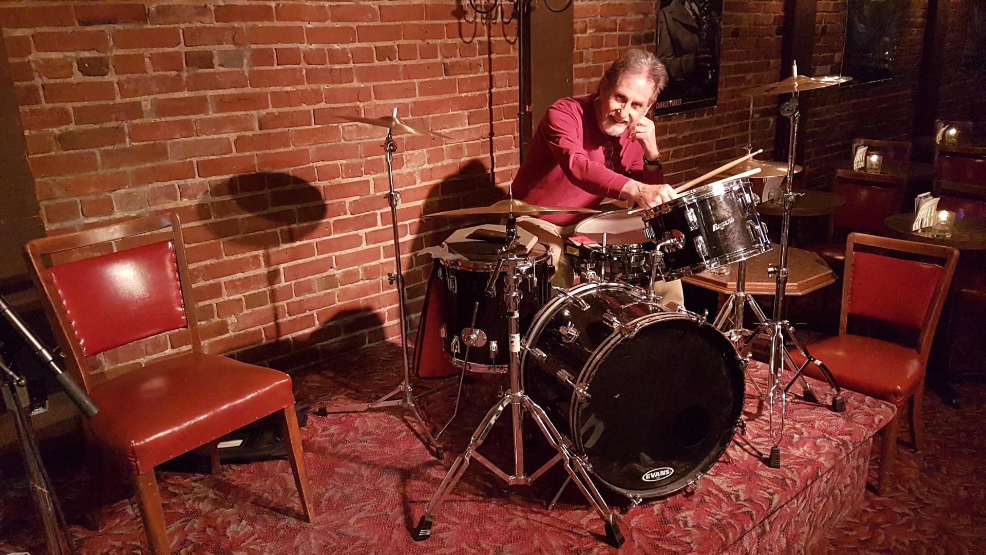 Barry-Casson-Hermanns-Jazz-Club-photo-by-Clarke-Wright-20180521_181911