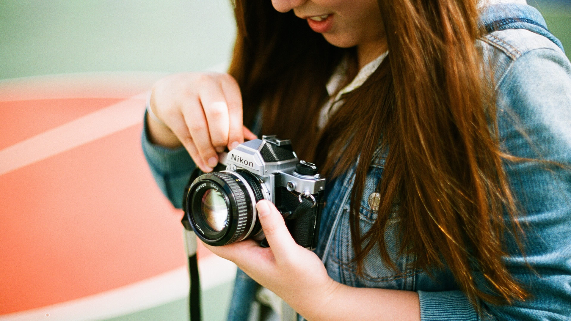 barry-casson-film-and-video-photo-by-joseph-chan-256794-unsplash